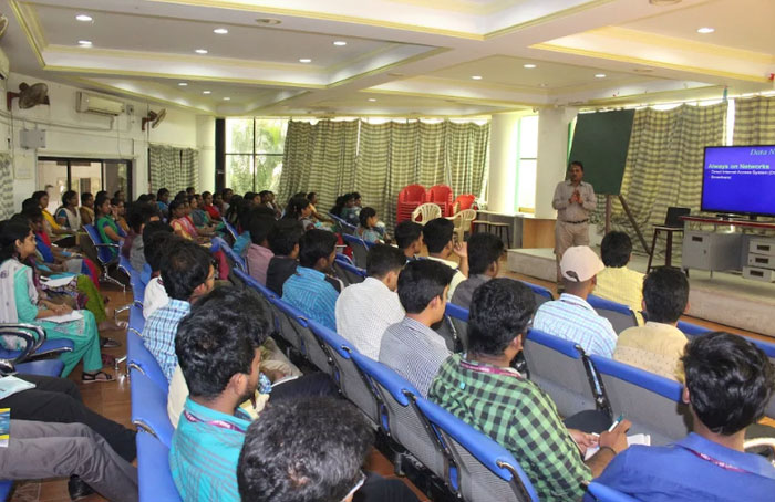 Seminar on Data Access Technologies organised by Dept ECE,  on 19 Dec 2017